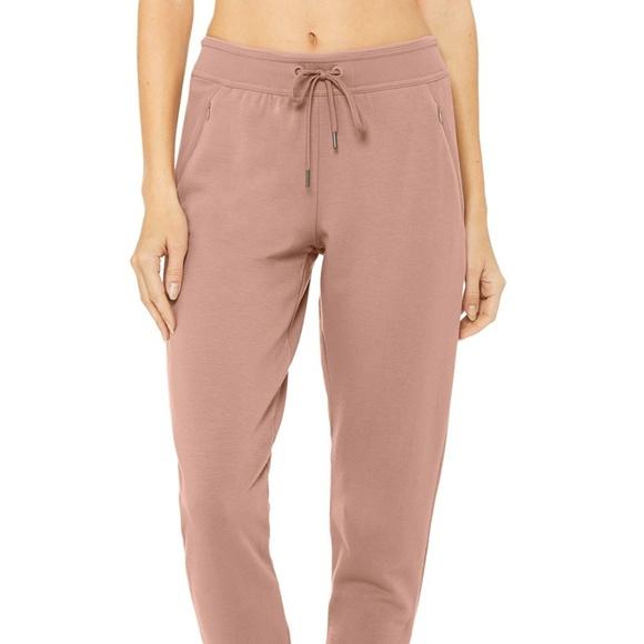 fc29e10e69 ALO Yoga Pants | Journey Sweatpant | Poshmark